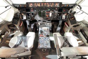 Summit Air Flight Deck RJ | Calgary